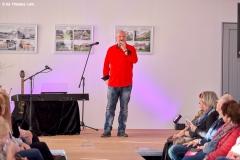 ©ThomasLein - Burkhard Peine am Mikrofon