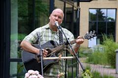 Burkhard Peine singt live