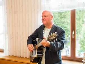 Burkhard Peine - Songwriter und Liedermacher aus Magdeburg