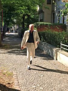 Michael Mendl auf dem Weg in Magdeburg